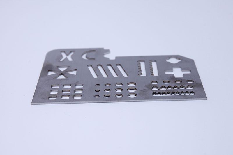 1 kw fiber laser stainless steel sample