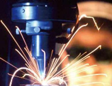 What are the advantages of laser welding machines compared to traditional laser welding machine?