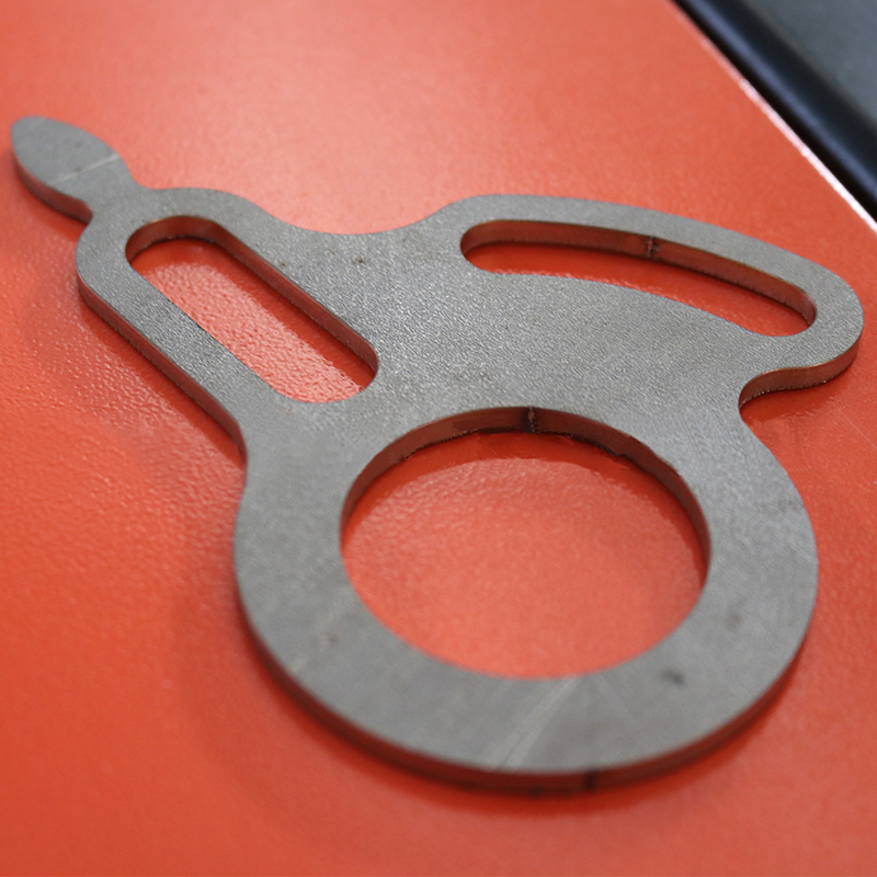 Application-advantages-of-laser-cutting-technology-in-automobile-manufacturing