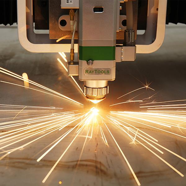 Several-major-accessories-of-fiber-laser-cutting-machine